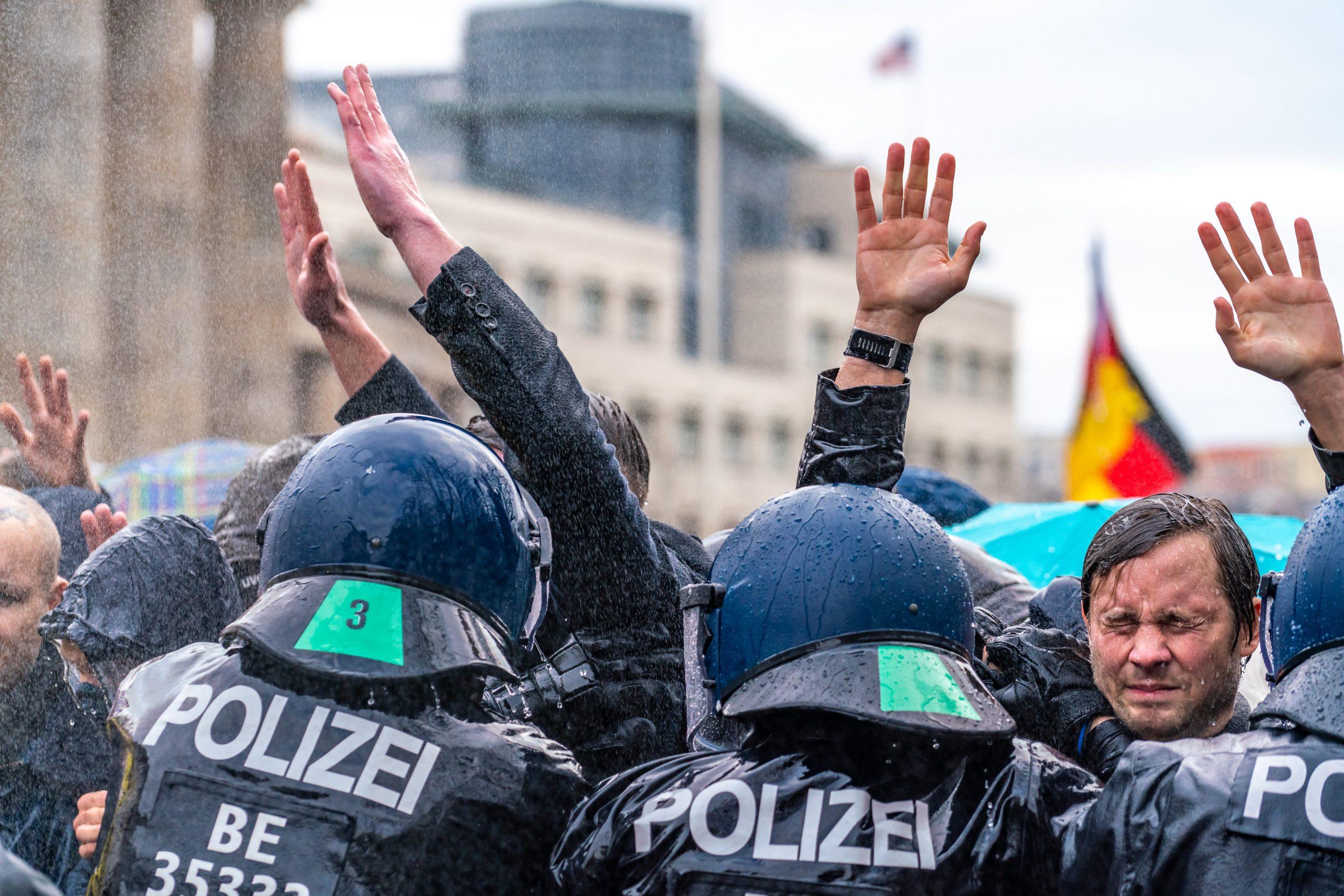 Demonstranten gegen Corona-Politk