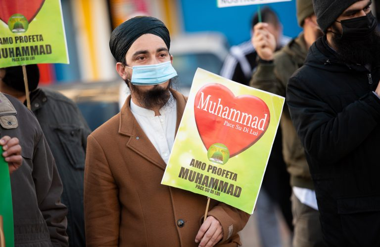 """Islamo-gauchisme"": Demonstrant in Hamburg"