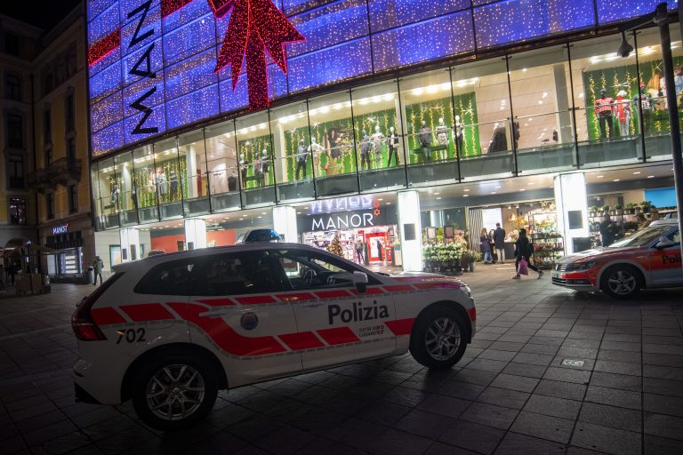 In dem Kaufhaus in Lugano verletzte die Islamistin zwei Frauen bei ihrem Messerangriff Foto: picture alliance/KEYSTONE