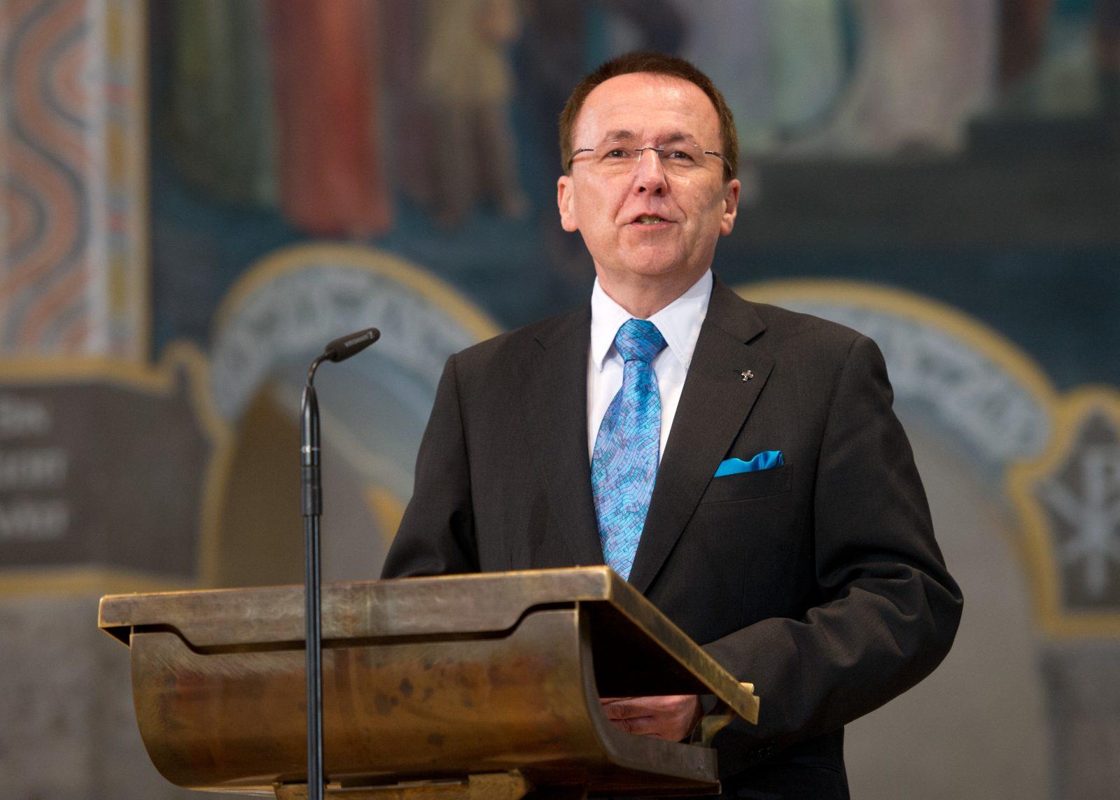 Der Direktor der Evangelischen Akademie Tutzing, Udo Hahn fordert Kirchen auf, Rassismus und Antisemitismus intensiver zu bekämpfe