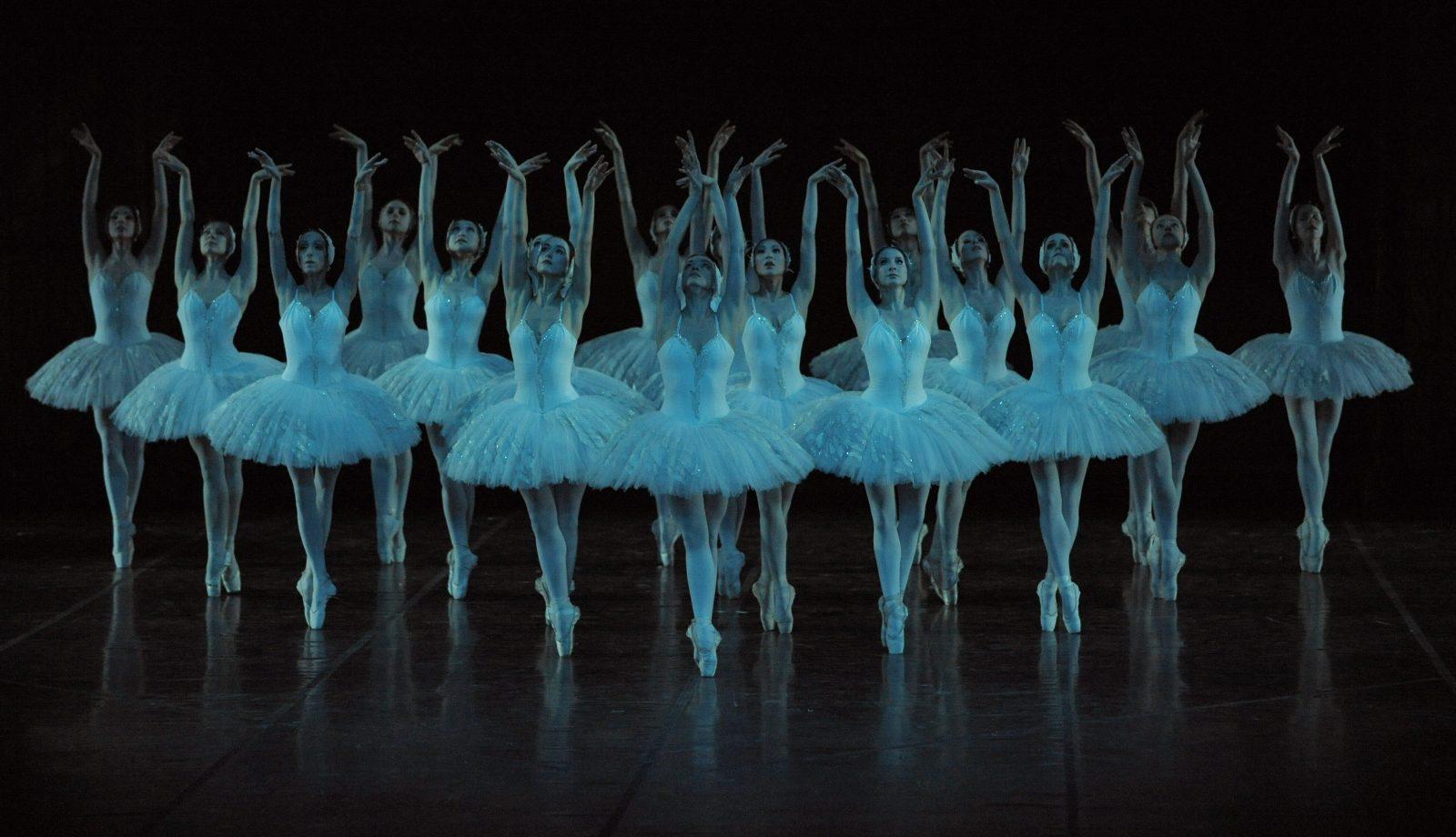 Tänzerinnen des Staatsballetts Berlin: Die Intendanz will mehr Diversität in dem Esemble