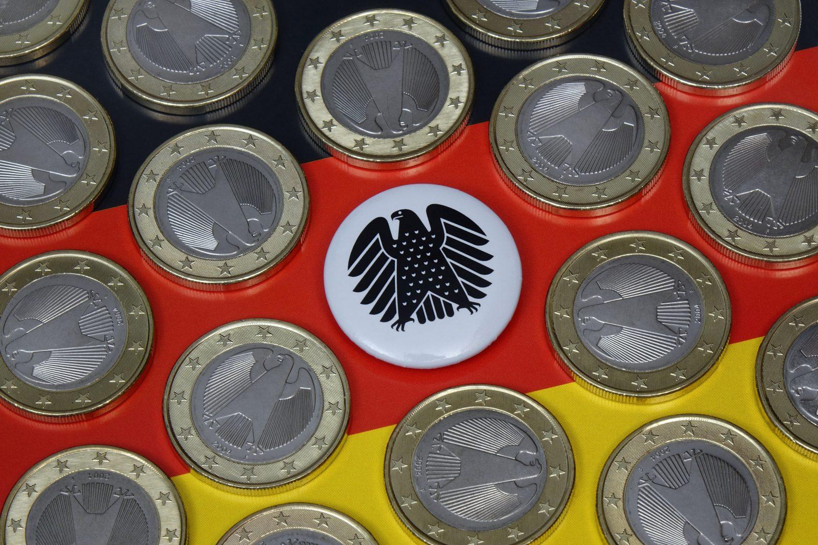 Die Corona-Pauschale für Mitarbeiter der Bundestagsabgeordneten kostet rund zwei Millionen Euro (Symbolbild) Foto: picture alliance / ZB | Sascha Steinach
