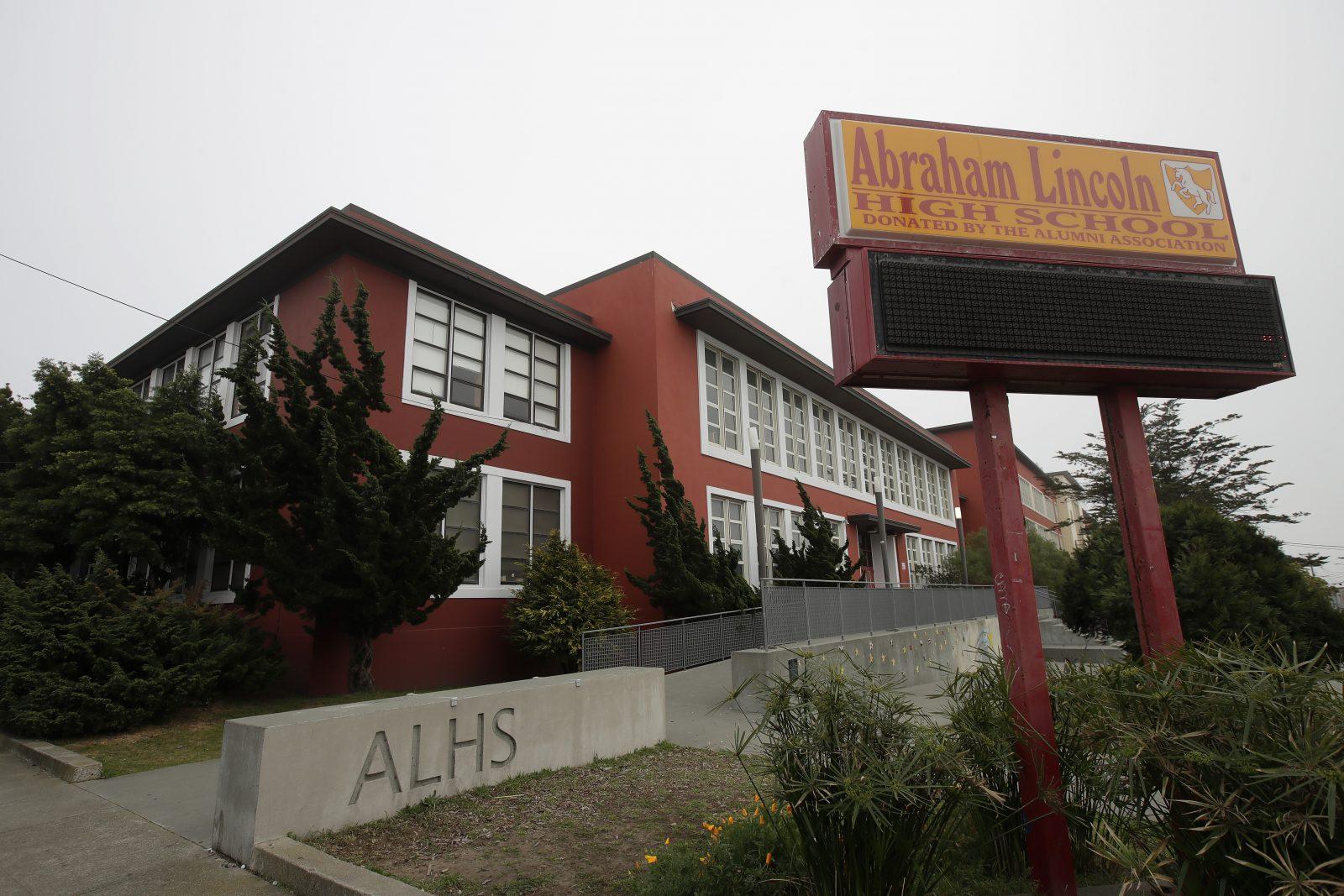 Lincoln High School in San Francisco: Die Schule soll umbenannt werden, weil der frühere US-Präsident Abraham Lincoln der Ehrung nicht würdig sei