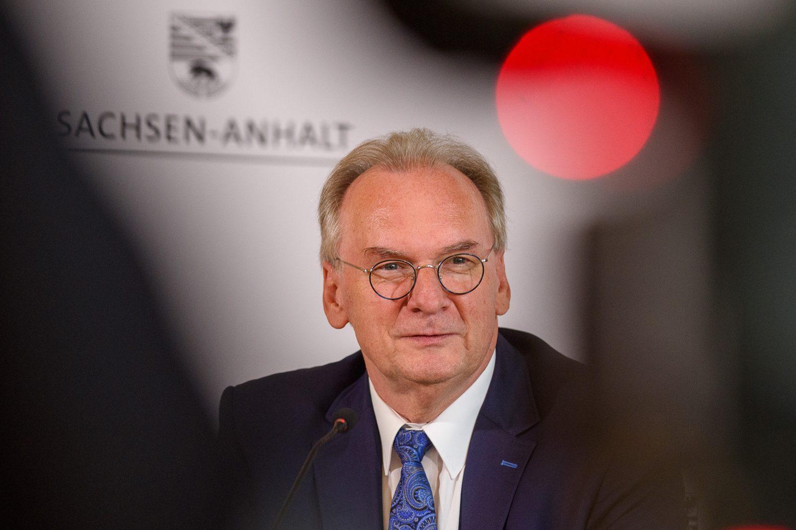 Sachsen-Anhalts Ministerpräsident Reiner Haseloff (CDU) in Magdeburg: Fauler Kompromiß