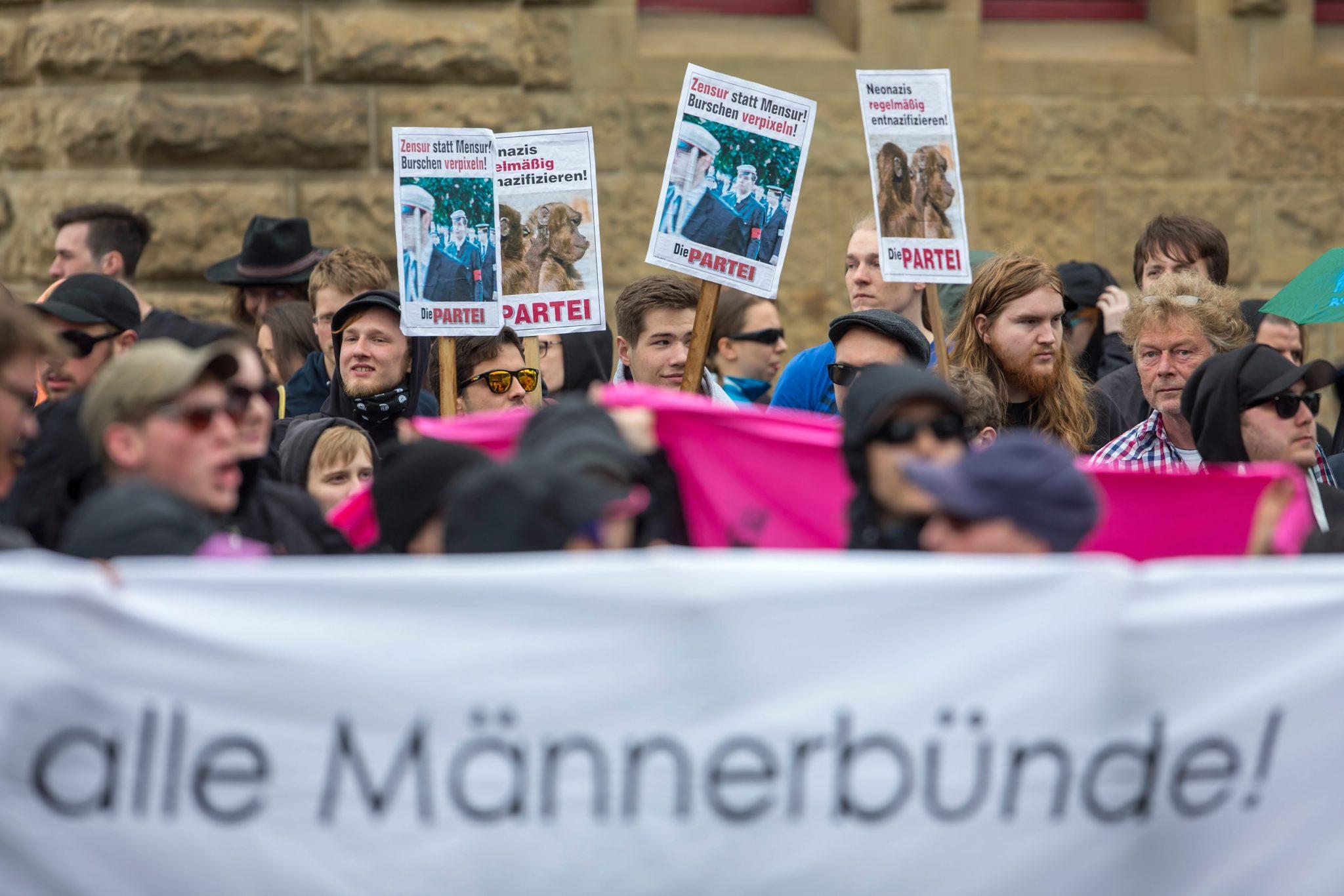 Demonstration gegen Burschenschaften in Eisenach: Es bleibt nicht bei Drohgebärden (Archivbild) Foto: picture alliance / dpa | Michael Reichel
