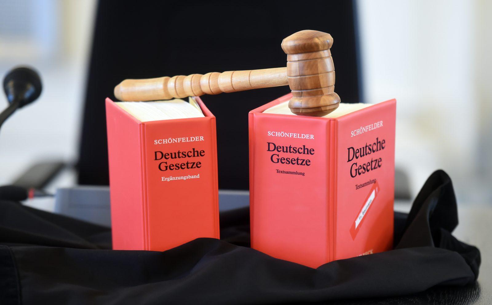 Das Amtsgericht München verurteilte die Angehörige der linken Szene zu einer Bewährungsstrafe (Symbolbild) Foto: picture alliance / dpa | Uli Deck