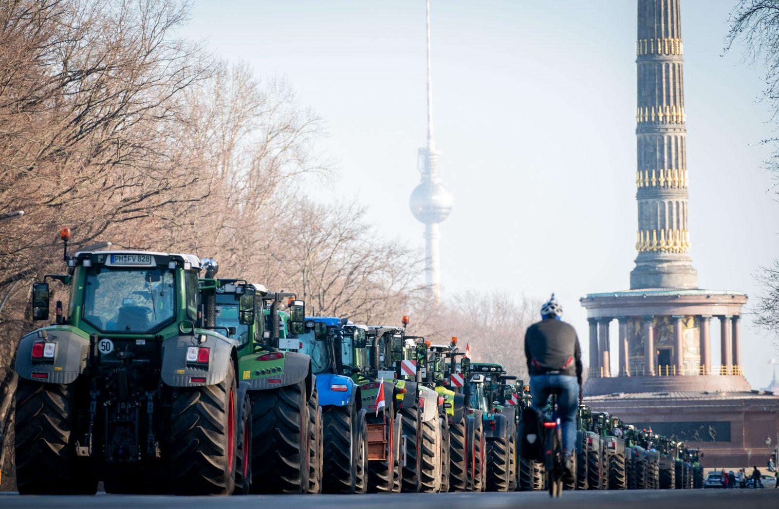 Bauernproteste mit Traktoren vor einem Jahr in Berlin