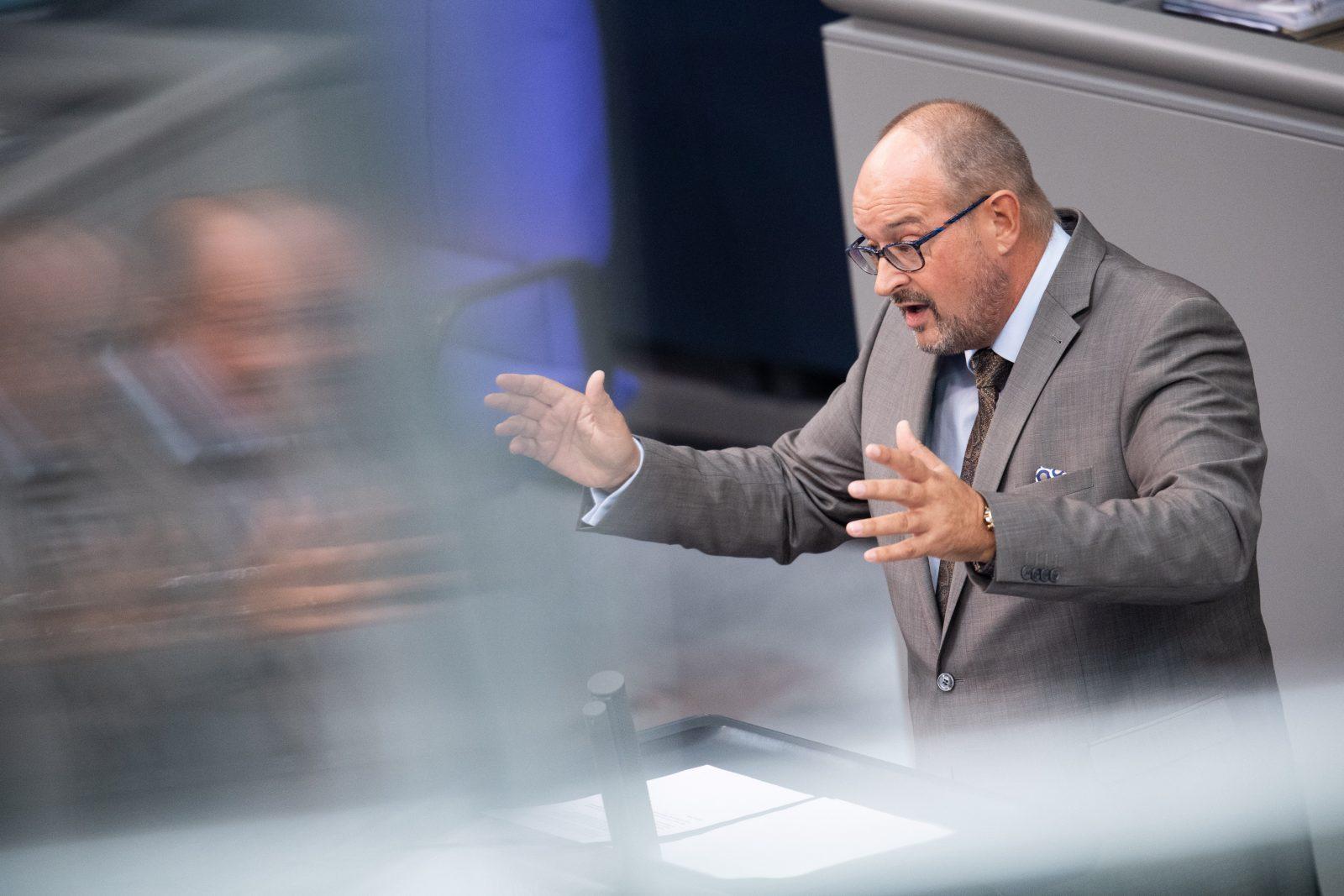 """Uwe Witt (AfD): Nennt Heils Pläne für Hartz-IV-Reform """"perfide"""""""
