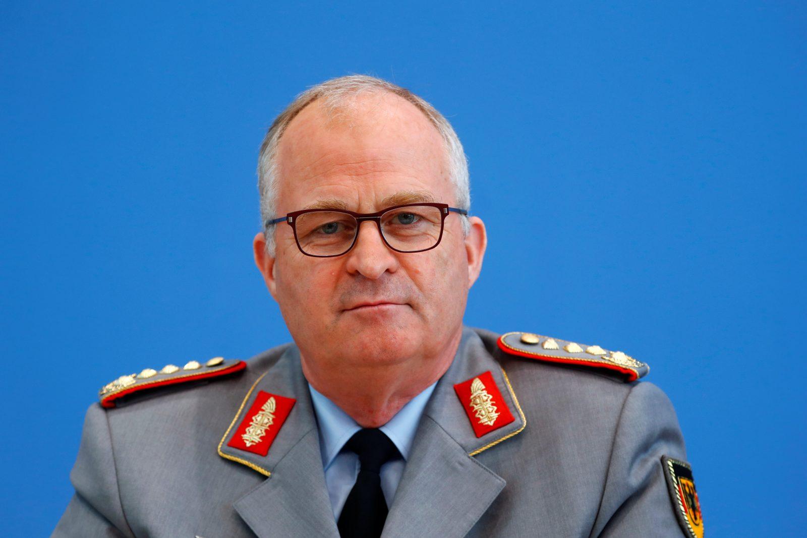 Der Generalinspekteur der Bundeswehr, Eberhard Zorn, drängt auf die Anschaffung von Kampfdrohnen Foto: picture alliance/dpa/Reuters-Pool | Fabrizio Bensch