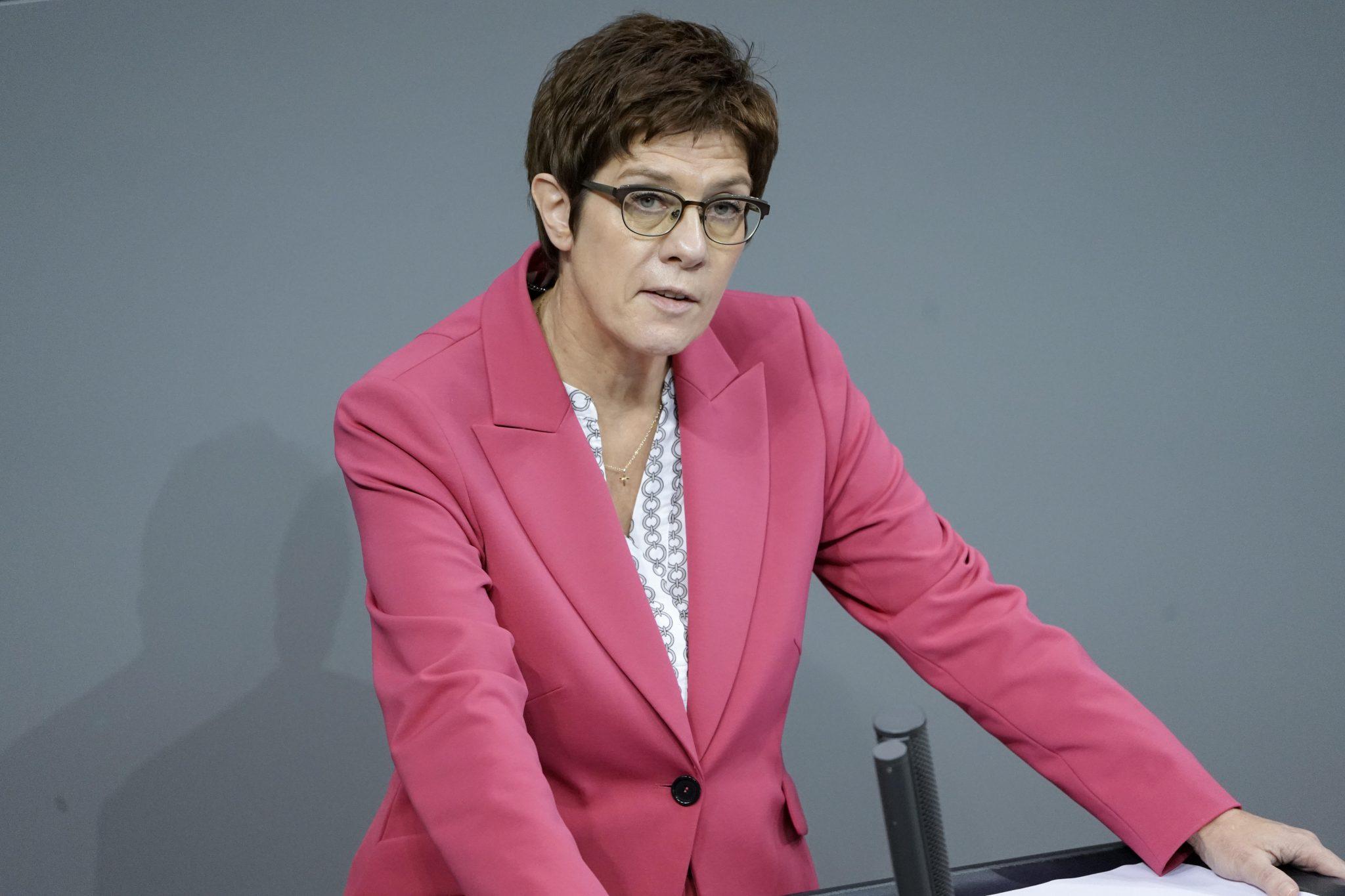 Die scheidende CDU-Chefin Annegret Kramp-Karrenbauer lobt Erfolge ihrer Amtszeit Foto: picture alliance / Flashpic | Jens Krick
