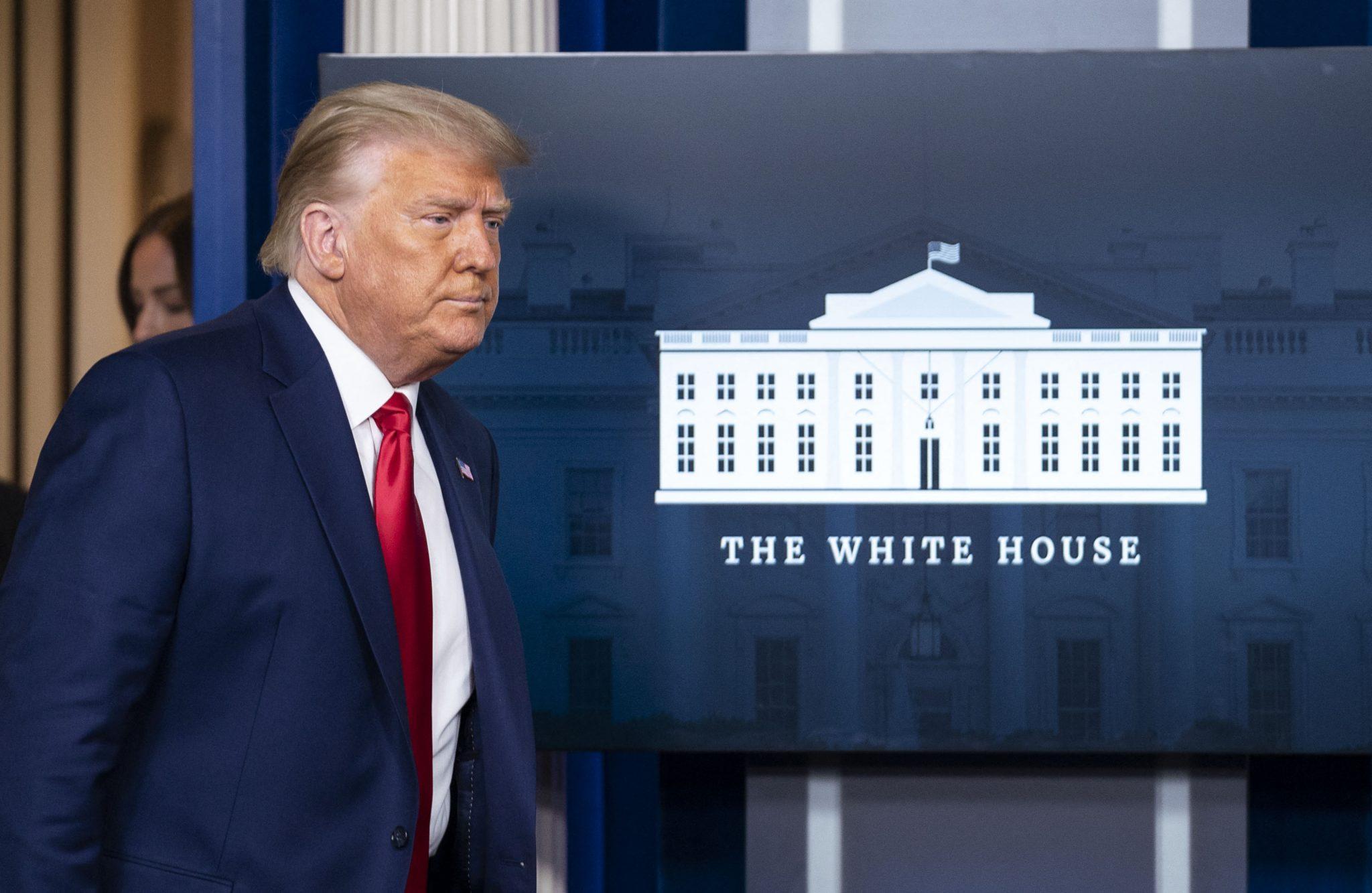 Geschäftspartner rücken von US-Präsident Donald Trump ab Foto: picture alliance / abaca | Pool/ABACA