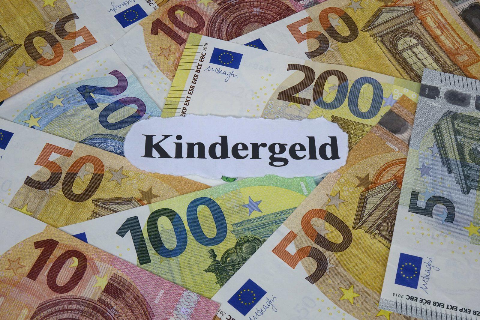 Kindergeld: AfD fordert Anpassung an Lebenshaltungskosten vor Ort