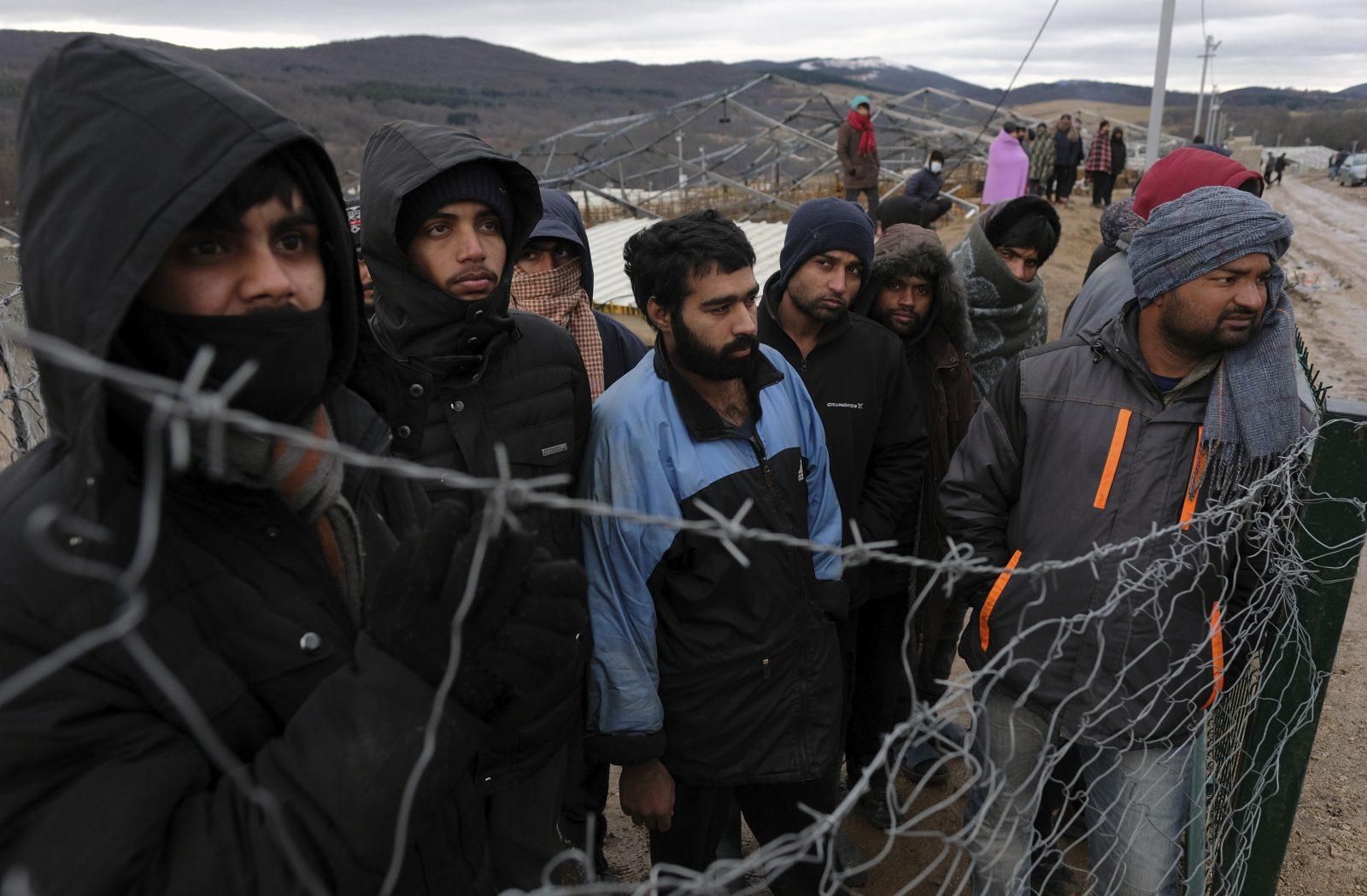Migranten im bosnischen Lager Lipa: Seit der Schließung des Camps sind rund 1.300 Flüchtlinge obdachlos