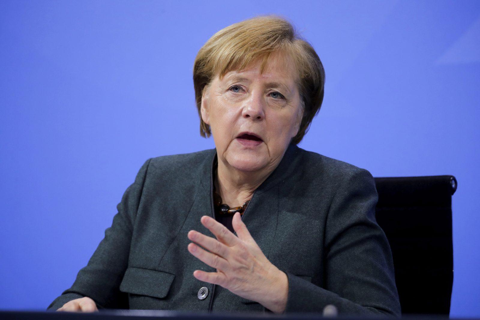 Bundeskanzlerin Angela Merkel (CDU) denkt über Grenzkontrollen zur Pandemiebekämpfung nach Foto: picture alliance / ASSOCIATED PRESS | Hannibal Hanschke