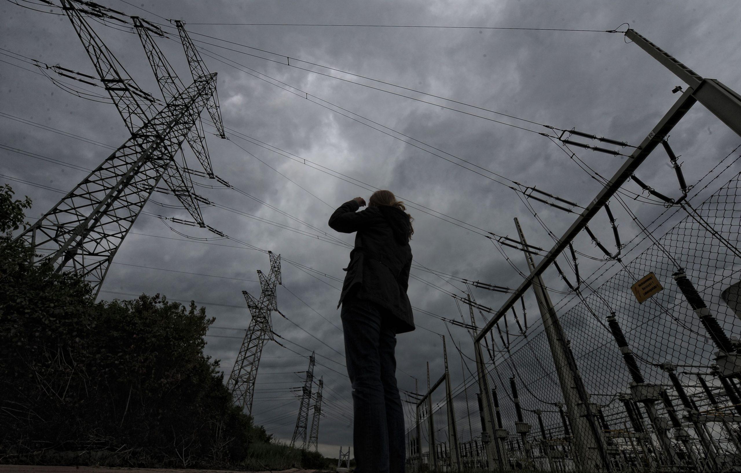 Stromversorgung: Ohne Strom aus Kohle- oder Kernkraftwerken säßen wir im Dunkeln