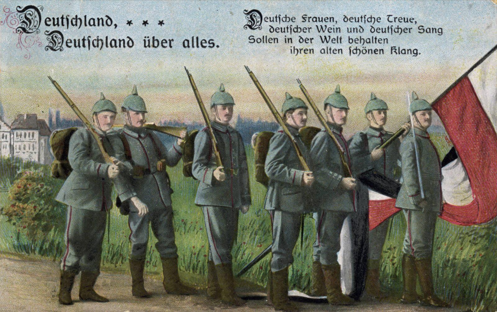 Deutsche Propagandapostkarte aus dem Ersten Weltkrieg: Das Klischee vom Militärstaat trügt Foto: picture alliance / akg-images | akg-images