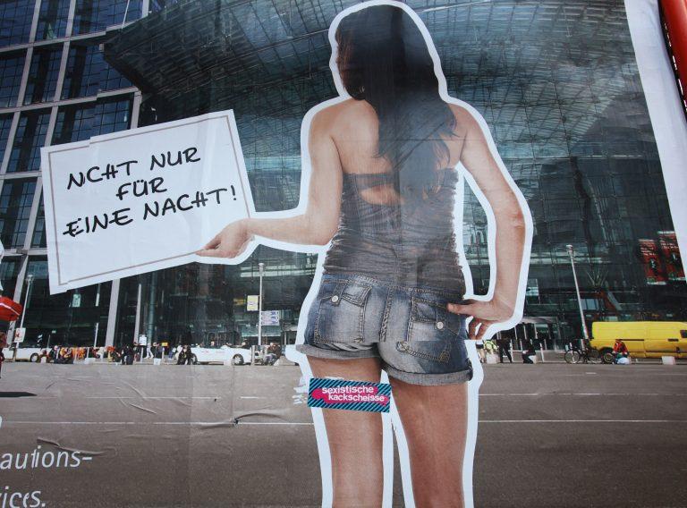 Angeblich frauenfeindliche Werbung in Berlin