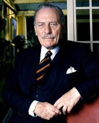 485px-Enoch_Powell_6_Allan_Warren