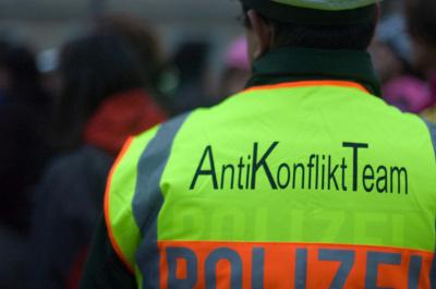 AntiKonfliktTeam_01