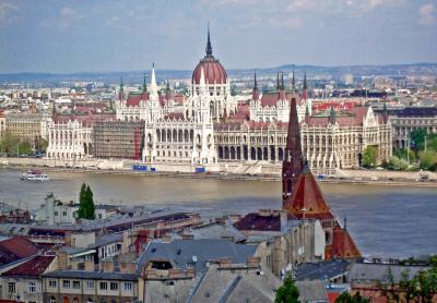 Budapest_2005_Parlament_01